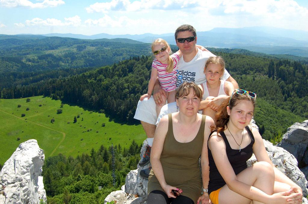 om4mm-family