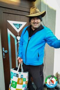 Joe OM4AZF, leaving home