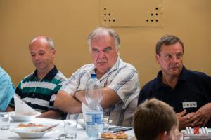 v strede Fero OM4XA, vpravo Miloš OM7ZM